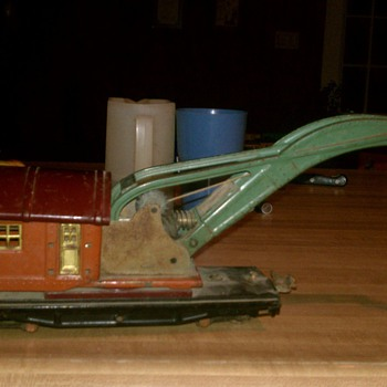 Tin plate 810 crane - Model Trains