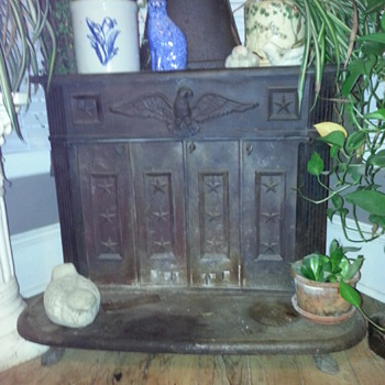 Americana Cast Iron Wood Burning Stove with Eagle and Stars