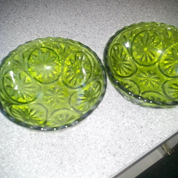 Green Glass? Any idea of what it is?? - Glassware