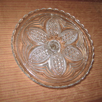 pedestal cake platter with large flower and hobnail