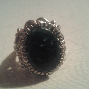 costume antique ring