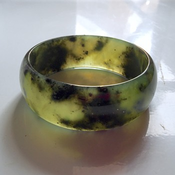 Vintage Antique Chinese Jadeite Translucent Bangle Bracelet