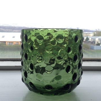 Green bubbleglass candleholder