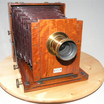 Lejeune and Perken, Scott's Patent Camera, 1887. - Cameras