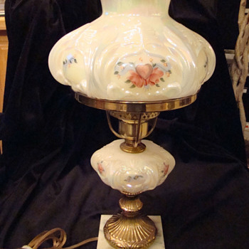 Fenton Student Lamp - Hearts & Flowers - Glassware