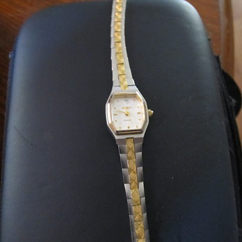 elgin diamond do to diabetes cant make out the model number any one know witch of the diamond series this is thank you   - Wristwatches