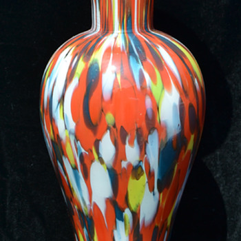 Czech spatter vase - whose mark is this?
