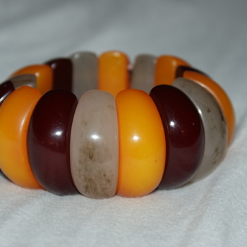 Plastic Stretch Bracelet
