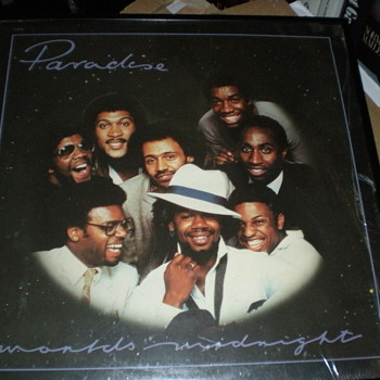 Rare : Paradise On Onyx Shrink Near Mint