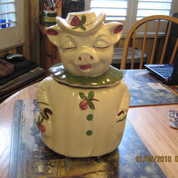 Winnie Cookie Jar - Kitchen