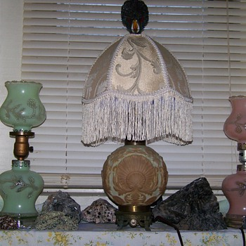 Consilidated /Phoenix glass lamp Possibly Pittsburgh Maybe Fenton?? - Lamps