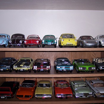 More 1/18 diecast vehicles - Model Cars