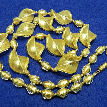 "1960's VENETIAN Art Glass Necklace - Gold Fleck - 32"" Long!"