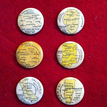 Whitehead & Hoag pinback premiums - Medals Pins and Badges