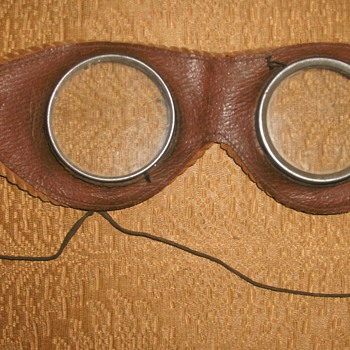 Vintage Children's Toy Motor Bike /Pilot Goggles