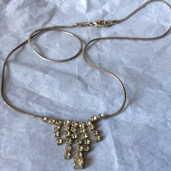 Vintage stone necklace  - Costume Jewelry