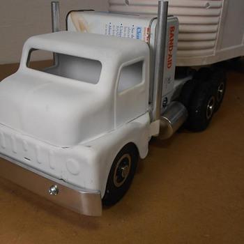Vintage Structo Truck Overhaul - Model Cars
