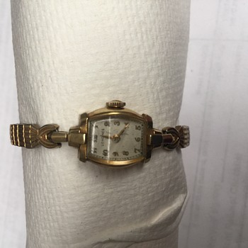 Vintage ladies longings 14k gold watch  with inscription on the back  - Wristwatches