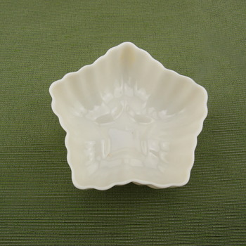 Belleek Hexagon Salt - 2nd mark - Pottery