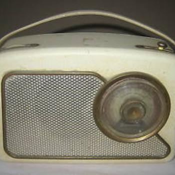 Dansett RT111 Portable transistor radio