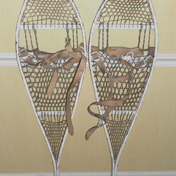 US 1966 Metal Snow Shoes