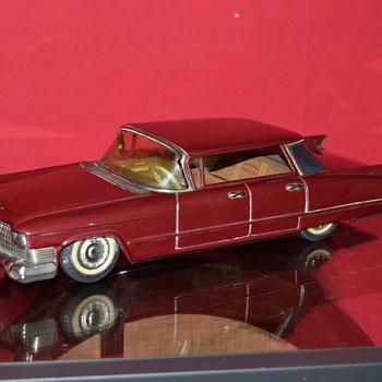cadillac bandai - Model Cars