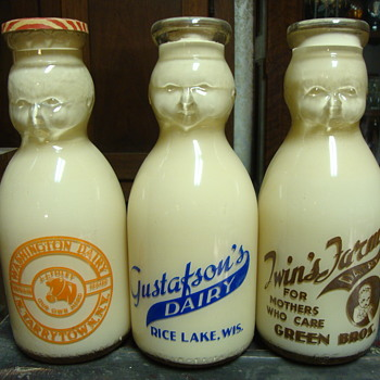 Baby Top Salesman Sample Milk Bottles....