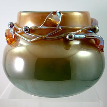 Loetz Ausführung 141 vase, steingrün mit neurot, PN II-8205, ca. 1912 - Art Glass