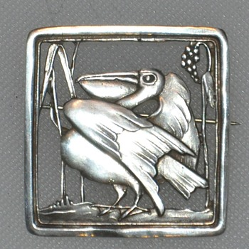 Cast Sterling Pelican Pin
