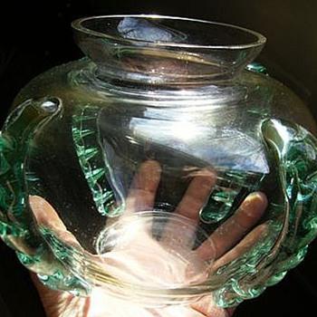 A Mystery Art Glass Bowl -- ???? - Art Glass