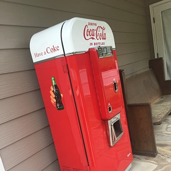 1950's Vendo 80 Coke Machine Restoration
