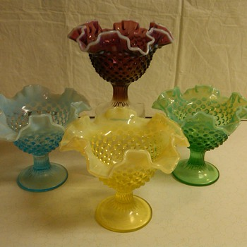 COMPLETE SET OF FENTON OPALESCENT HOBNAIL COMPORTS W/ PEDESTALS 
