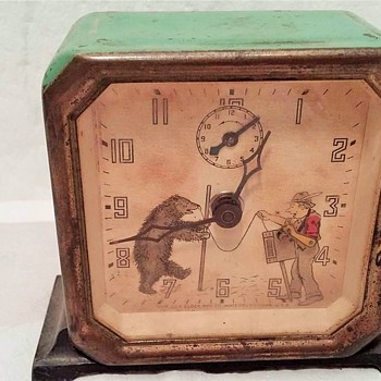 "Newest Project..... 1934 Lux ""Animated"" Dancing Bear Alarm Clock - Clocks"
