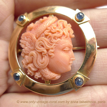 Art nouveau antique Medusa carved coral cameo - Fine Jewelry