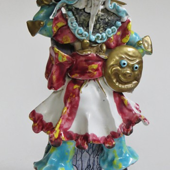 Pottery Samurai Figure~ITALIAN? Great Detail, Color,..... Beautiful - Figurines