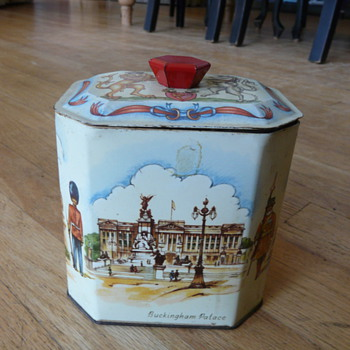 Interesting British tin can- hexagon handle - Advertising
