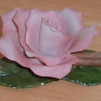 Capodimonte Porcellane, Porcelain Flower Rose - Art Pottery