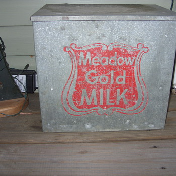 meadow gold milk  - Kitchen