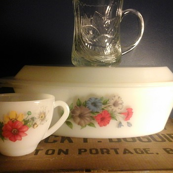 Vintage  Arcopal France  - China and Dinnerware