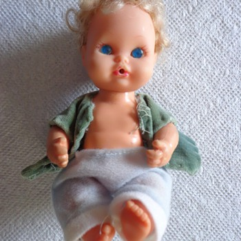 1971 REMCO BLONDE SMALL DOLL