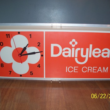 Dairylea Ice Cream Sign/Clock