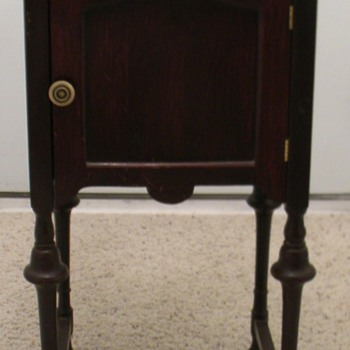 Humidor Stand - Furniture