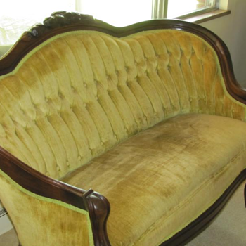 1800s victorian sofa I think?