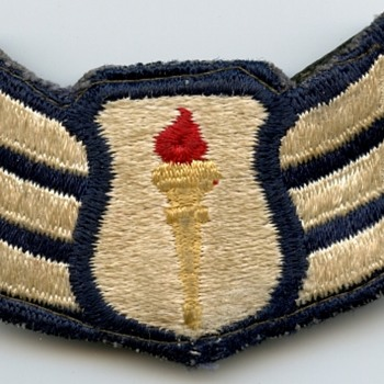 Unknown possible rank badge - Military and Wartime