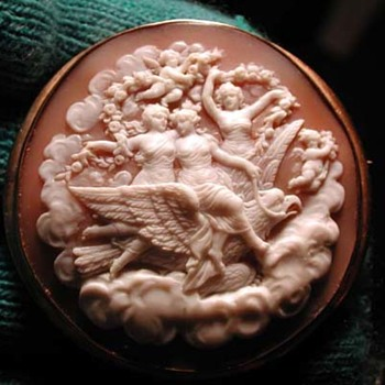 Fabulous cameo of the daughters of Zeus - Victorian Era