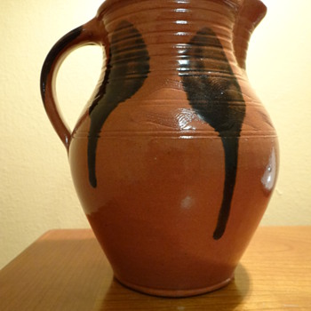 MEL BROWN POTTERY - M.E.I. -   WISCONSIN ,USA