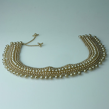 Pearl collar&#039;s - Accessories