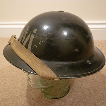British WWII Messenger steel helmet - Military and Wartime