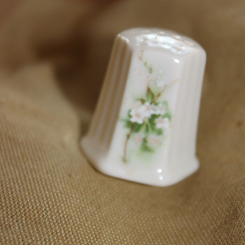 Floral Pattern Thimble - Sewing