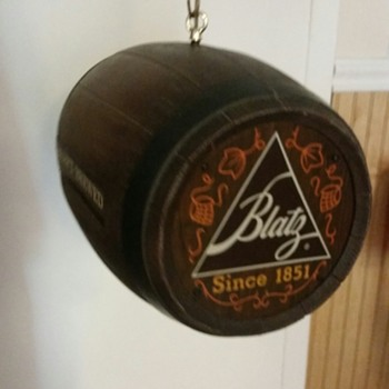Blatz Beer Barrel Spinning Light